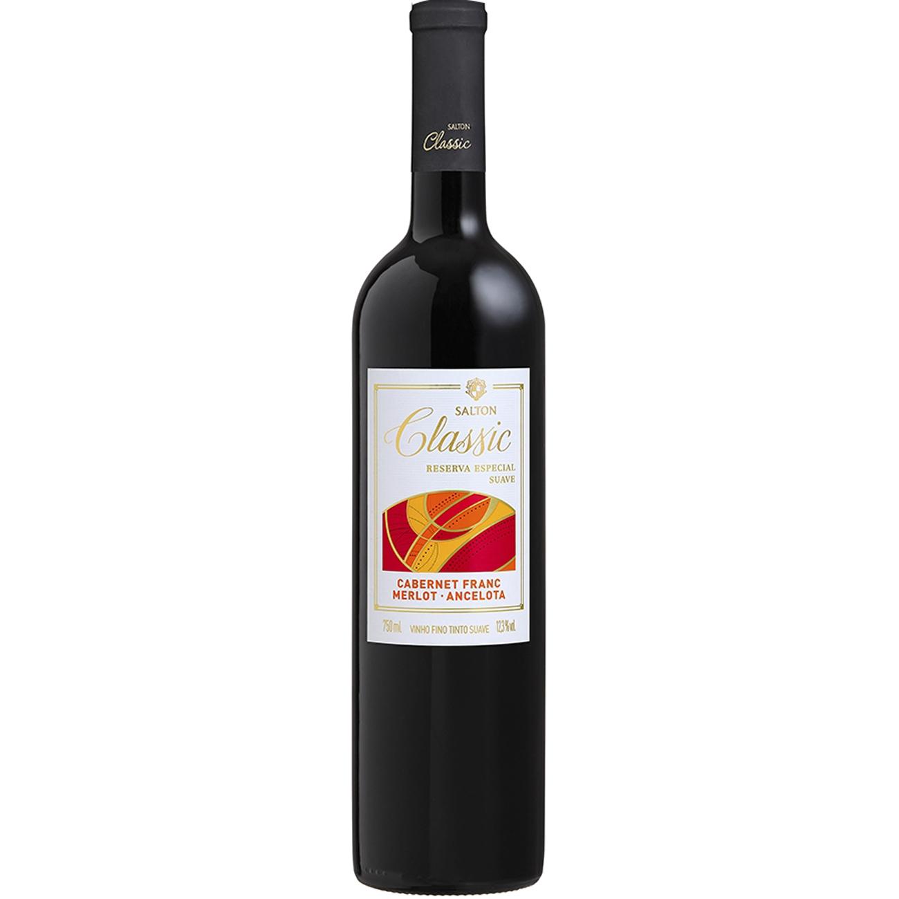 Vinho Salton Classic Trivarietal Tinto Suave 750ml